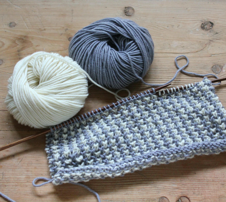 strikket tehætte opskrift